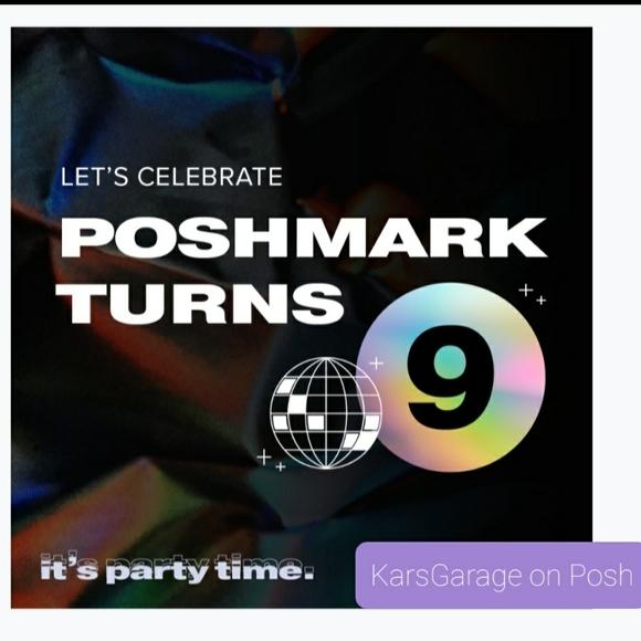 PoshNSip New Hampshire Poshmark turns 9 @pm_editor